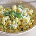 aglio e olio, quick lunch, pasta, pasta recipe, aglio e olio recipe