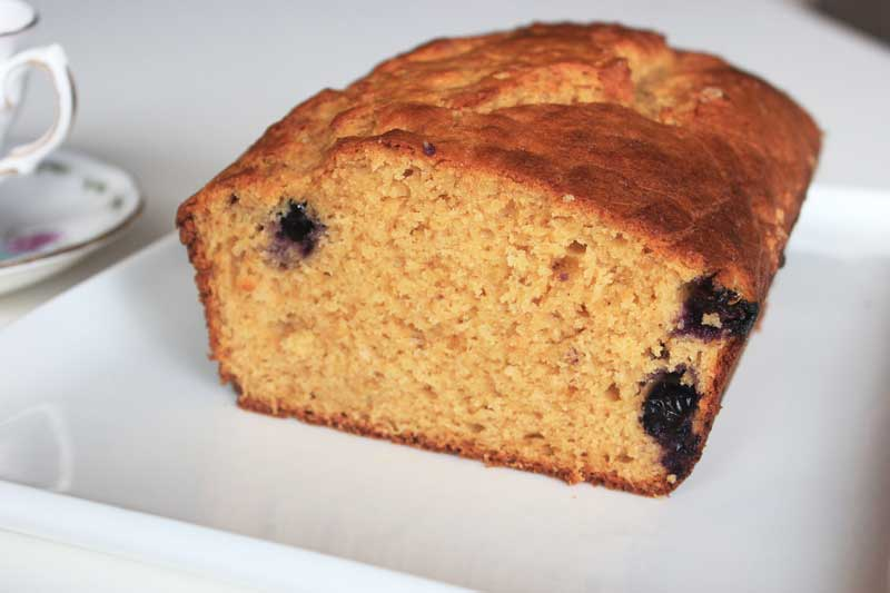 Blueberry Yogurt Cake - school lunchbox ideas | Veggie Mama